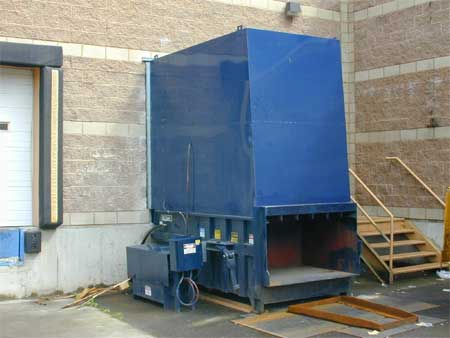 stationary compactors